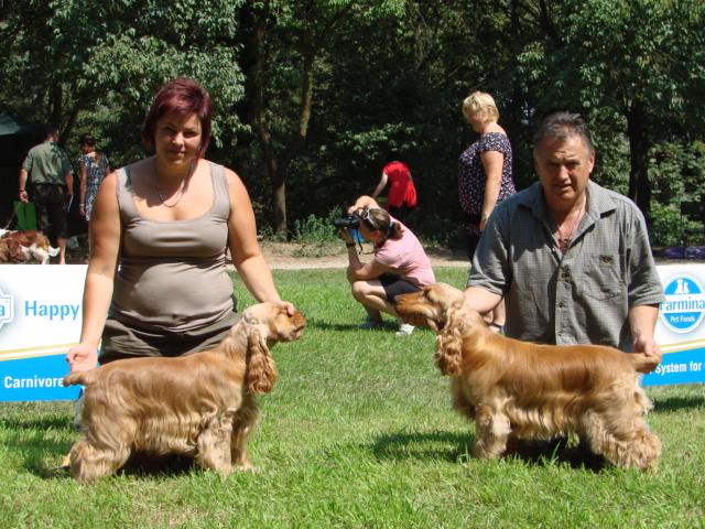 KV Pardubice-Cedra Deermount, Caesar Deermount (vpravo)